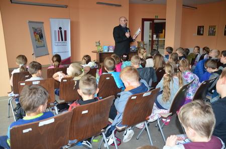 Cukierek w Bibliotece! - spotkanie autorskie z Waldemarem Cichoniem