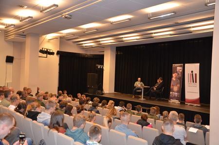 Spotkanie zNAVALEM wbrzeskiej Bibliotece