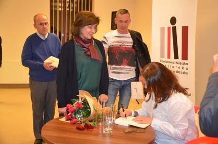 Spotkanie autorskie z Barbarą Sadurską wokół książki